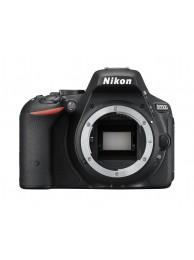 Nikon D5500, Body