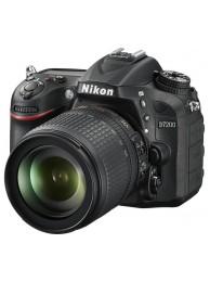 Nikon D7200 cu Obiectiv 18-105mm VR